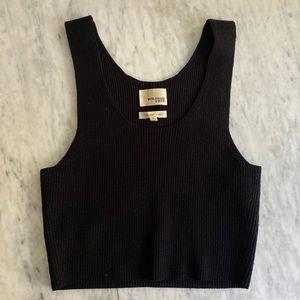 Wilfred free Cordero black v neck knit crop top